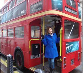Entrevista com Cláudia Bellizzi do Por aí na Inglaterra